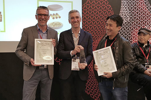 Favini vince il Luxe Pack in Green con il pack ecologico in Shiro Alga Carta per BIO+ di Vagheggi