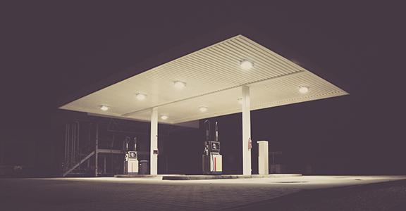 Depositi di prodotti energetici e distributori di carburante ad uso privato