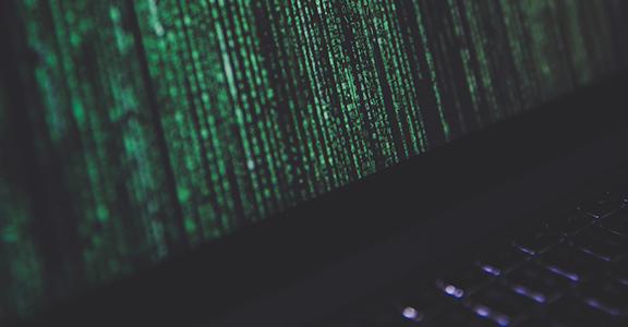 """Seminario e B2B """"Trasformazione digitale (Cyber)rischi, casi studio e possibili soluzioni"""""""