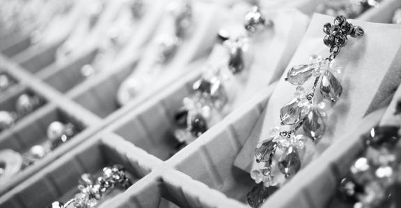 Ccnl per l'industria orafa ed argentiera: minimi contrattuali in vigore dal 1° giugno 2021